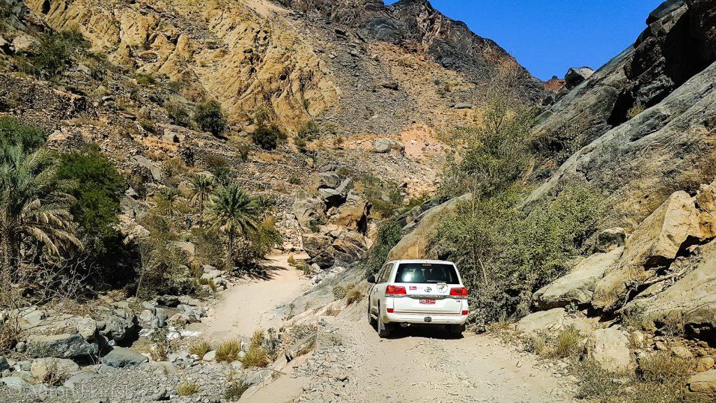 Oman Wadi Bani Auf Auto